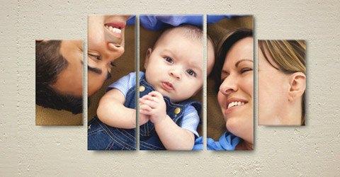Photo sur toile en triptyque d'un bébé